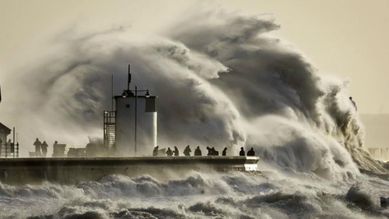Severe winds in the UK: A blessing or a calamity?